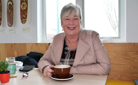 Federal rural and economic development minister Bernadette Jordan stops for coffee at the Ritual Coffee Bar in Prince George Thursday. Bill Phillips photo