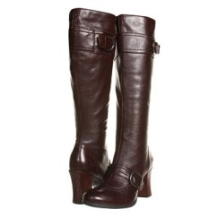 Born Alika boots that are stylish and comfortable.
