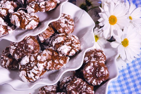 chocolate crinkle cookies LR