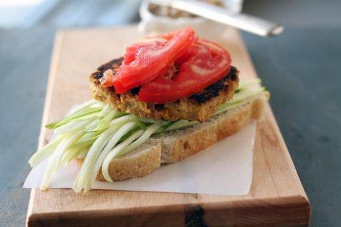A Love a Fare Tuna Burger