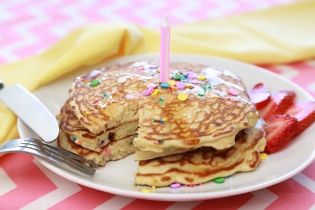 protein funfetti pancakes