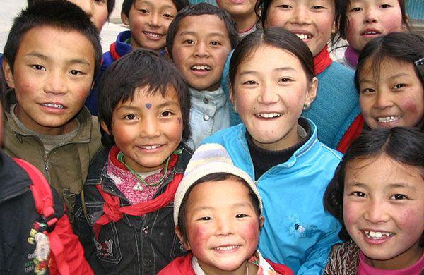 Programa para niñas y niños del Tíbet