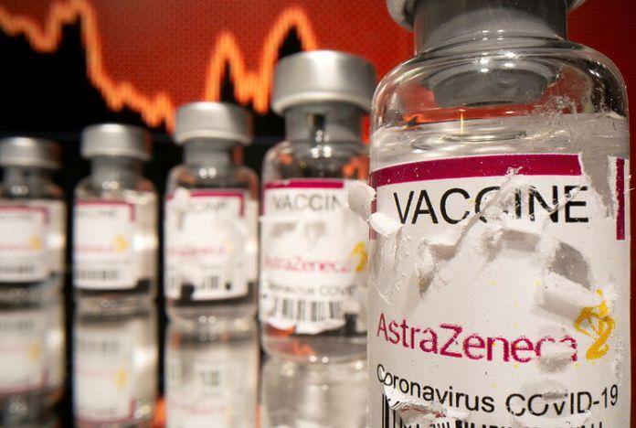 Vacuna de AstraZeneca: Por qué se ha suspendido y qué sucederá a partir de  ahora | Salud