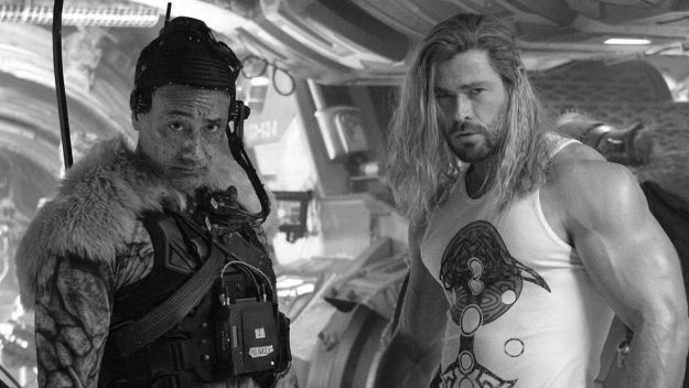 Thor: Love and Thunder finaliza su rodaje y Chris Hemsworth lo celebra con foto detrás de cámaras | Marca