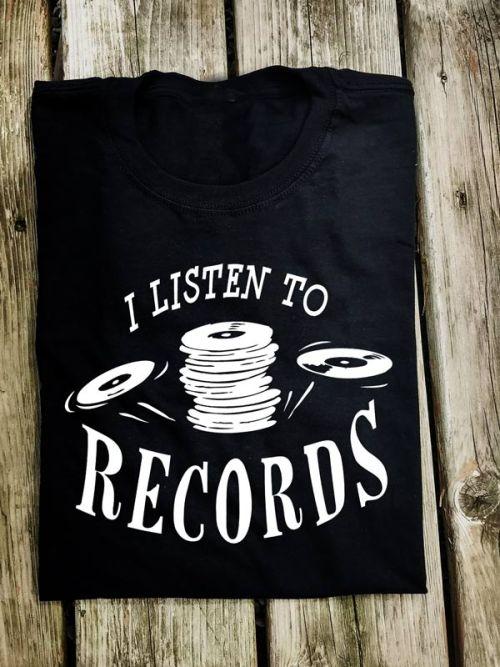 MUSS006 ListenToRecords