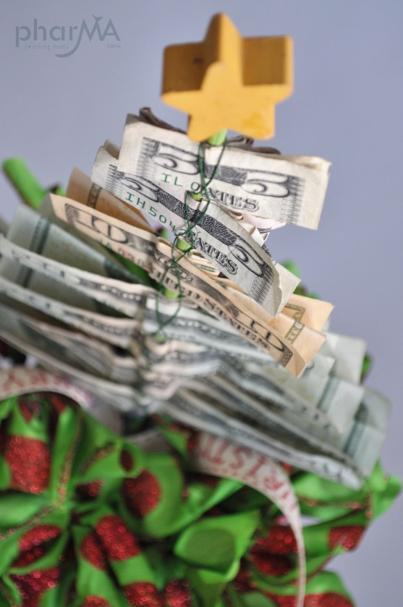 Money Tree, Tree made out of money, Christmas Tree out of money