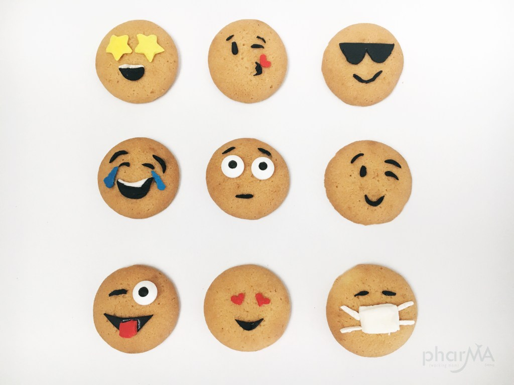 Emoji Party, DIY Cute Emoji Cookies, Easy Emoji Nilla Wafers