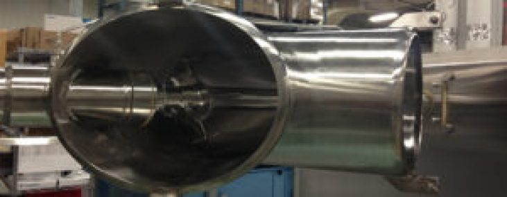 Convective mixers: picture of a v-blender-with-intensifier
