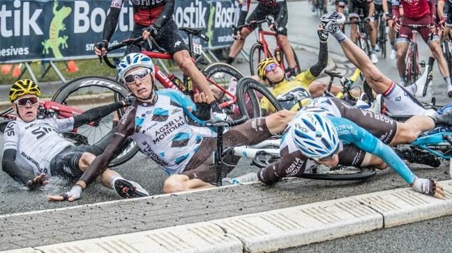 tour-de-france-crash_15auddvsphg481ez7so39m9jqg.jpg