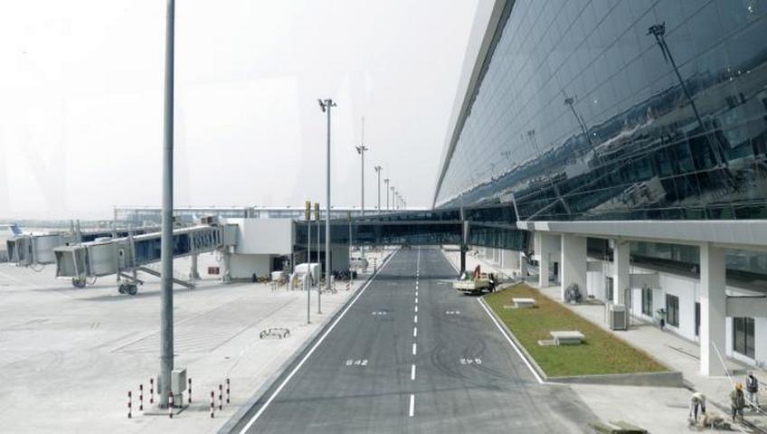Tambah Daya Tampung Penerbangan, AP II Bangun Runway Lagi