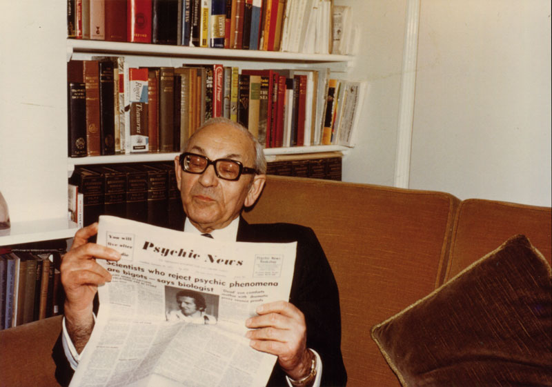 Editor Maurice Barbanell reading Psychic News, 1970s