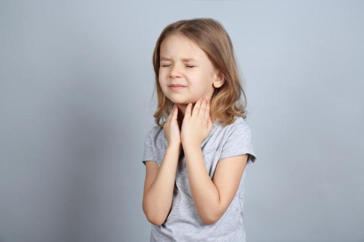 Best Home Remedies For Preventing Sore Throat In Children