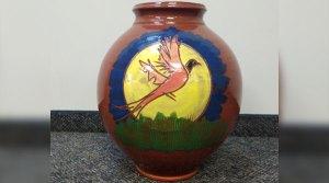 Tony Hanson Pottery Vase Banquet Donation