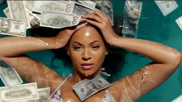 For the Love of Money Pt. 1 – Why More Women Need to Love Their Money