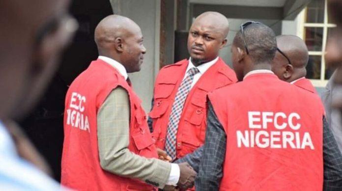 EFCC detains 8 suspected internet fraudsters in Port Harcourt