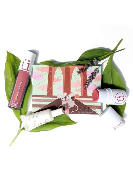 Customizable Makeup Starter Packs – The Everyday Makeup Set by M2U NYC Comes with a Zipper Pouch (TrendHunter.com)