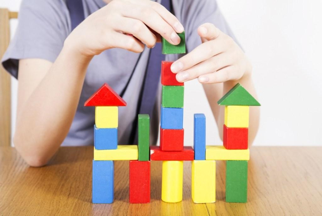 Семейный выход: как работа с семьей помогает в профилактике сиротства