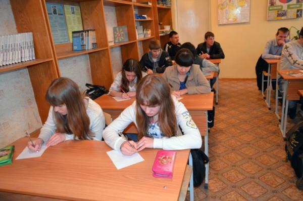 Центр Берег и Управление здравоохранения Администрации Челябинска провели совместную лекцию по профилактике аборта в Профессиональном училище №79