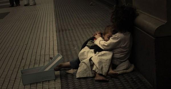 Некоторым людям невозможно помочь без дополнительного социального сопровождения. Например, многим бездомным