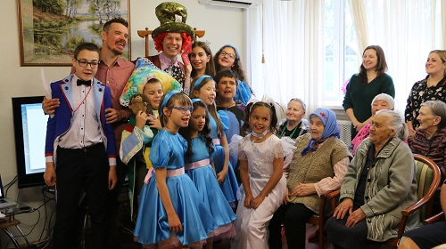 9 августа 2019 года прошел показ инклюзивного спектакля «Сны Алисы»