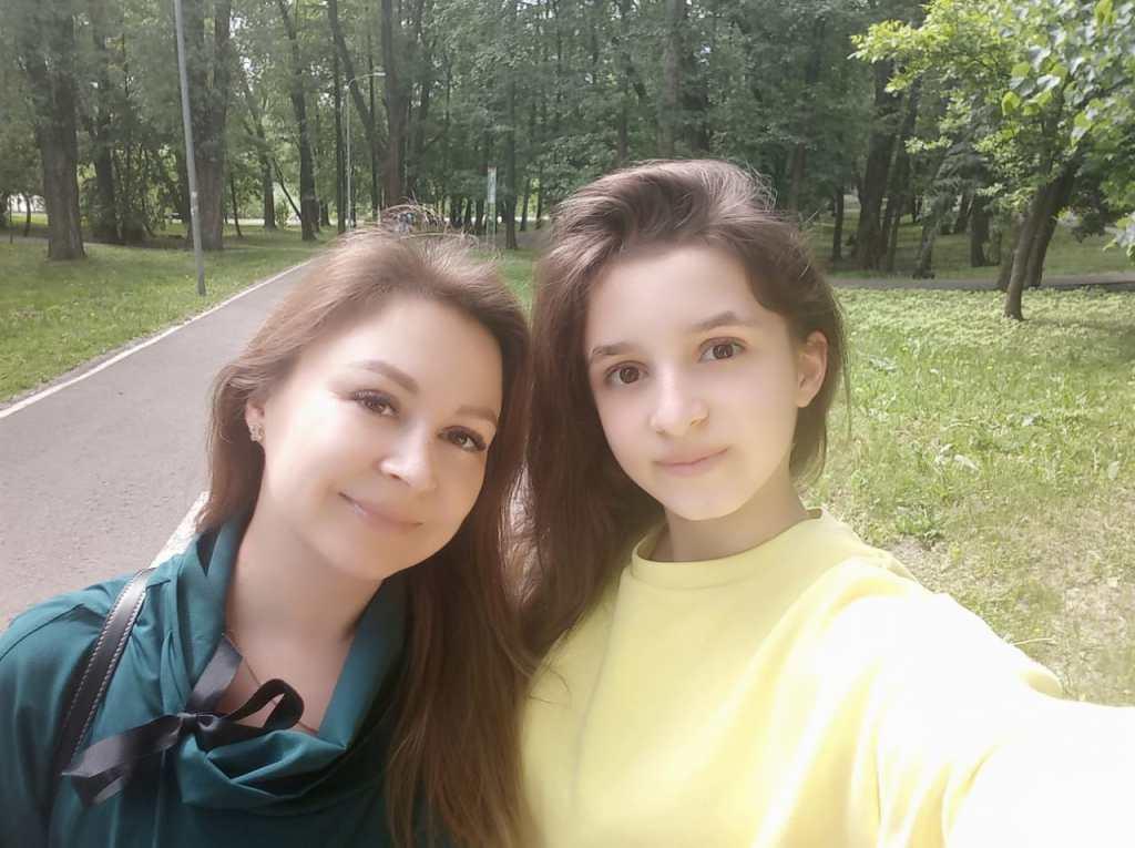 Алина Паршакина, «лицо» фонда «Настенька» и ее мама Наталья: «Все будет хорошо!»