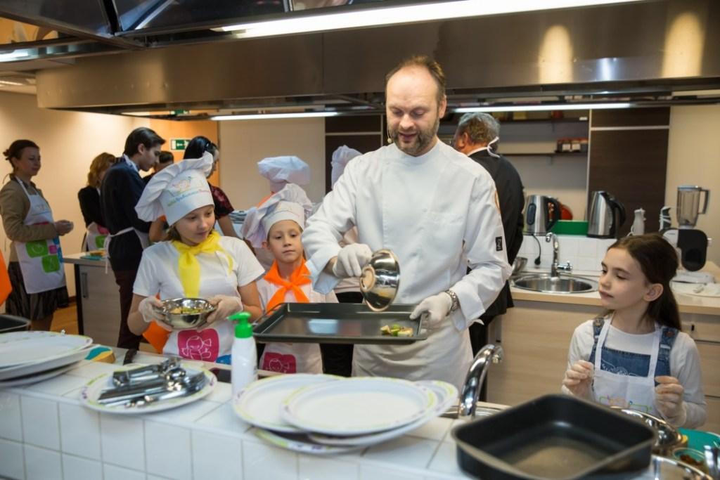 Кулинарный онлайн-лагерь «Нестле» возвращается – теперь в Food–лаборатории