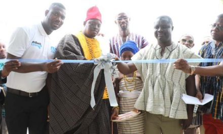 uniBank staff supports Talensi District Hospital