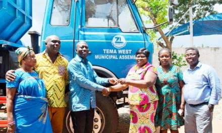 Zoomlion donates trucks to Tema West Assembly