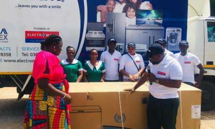 Somotex gives to mothers at Accra Psychiatric Hospital
