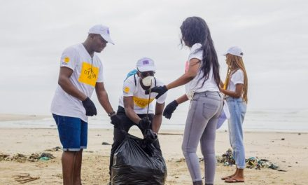 Staff of L'Oréal West Africa Clean La Beach in accra to mark company's Citizen's Day