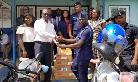 Dannex Ayrton and Starwin gives bikes to police service