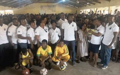 ANSSOSA '99 Group gives sports equipment to ANSECO