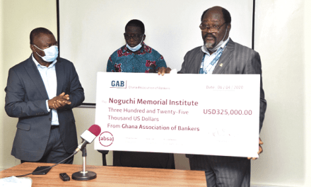 Ghana Assoc. of Bankers gives GHS2.5M to four