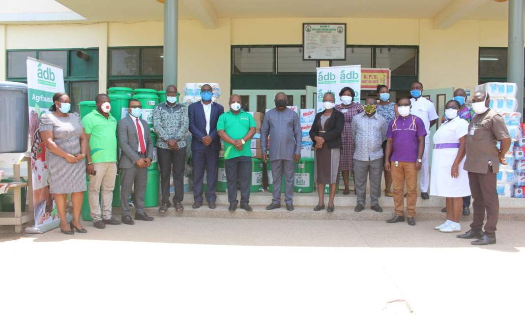 ADB donates PPE to four health institutions in CR