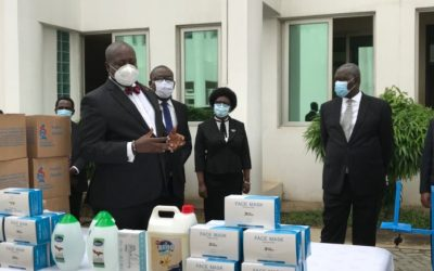 Ghana Bar Association gives PPE to Judicial Service