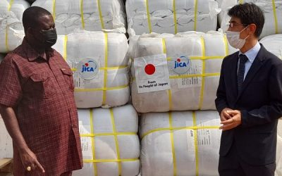 JICA in Ghana donates 3,080 blankets to NADMO to support disaster relief emergencies