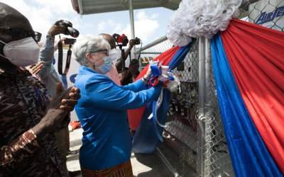 United States boosts Ghana's COVID-19 Response with oxygen equipment, 30-bed isolation system