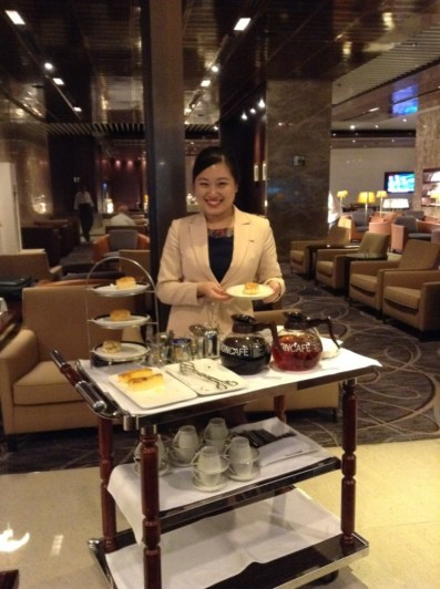 Singapore Airlines tea time in lounge