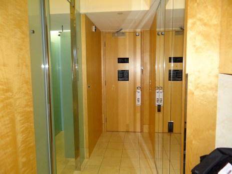 Westin Sydney room hallway