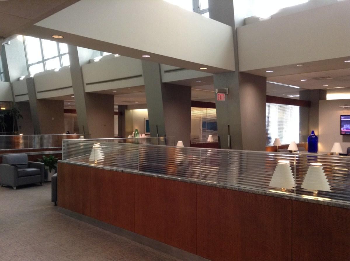American Airlines Phl Lounge Terminal B C