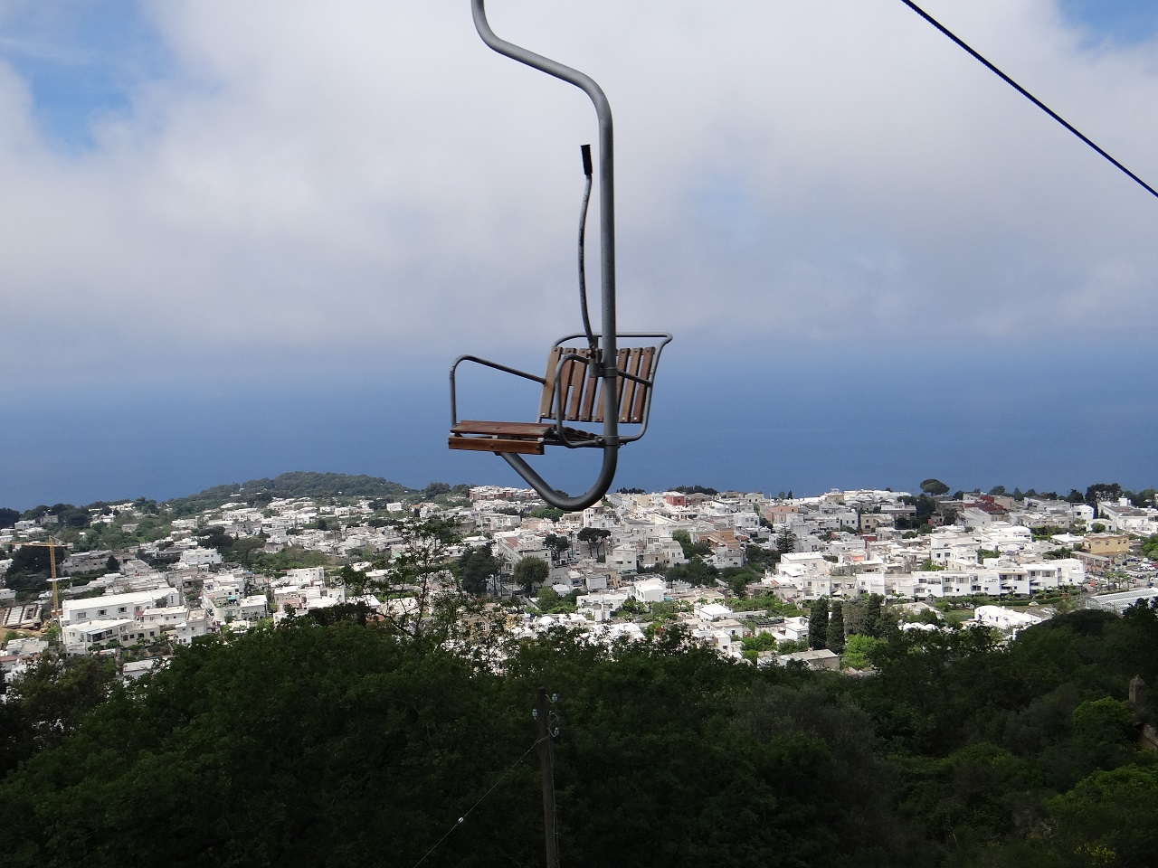 Cable Chair Lift : Flying through the clouds on anacapri chair lift of capri