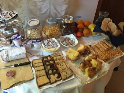 Venice Guesthouse breakfast