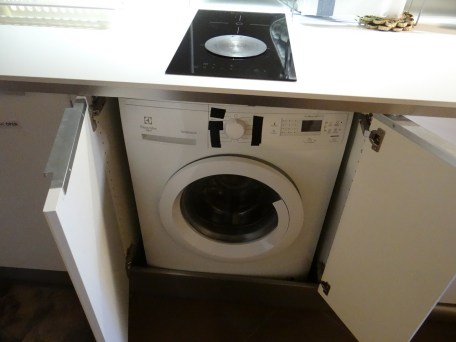 Italian washing machine Airbnb flat Venice