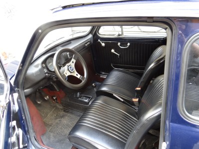 Vintage Fiat500 Inside the Nuovo