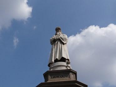 Milan statue Leonardo DaVinci