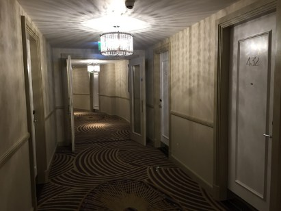 Sheraton Park Lane Hotel London hallway