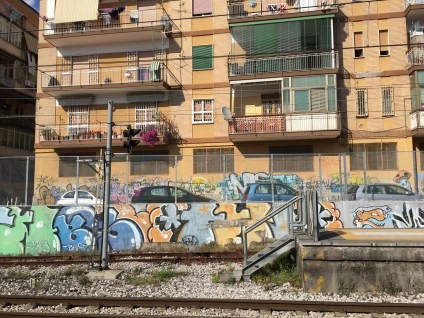 View train from Naples to Herculaneum