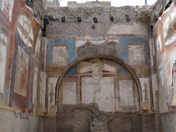 Herculaneum details and preservation