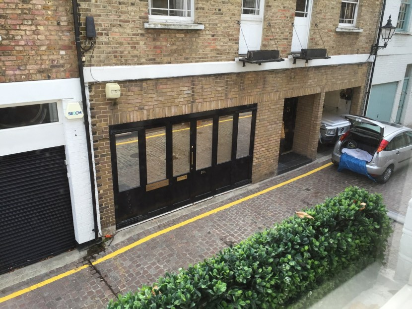 OneFineStay Mews House view