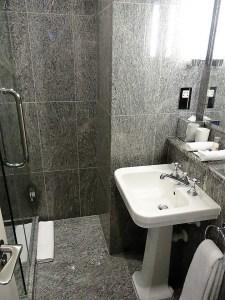 Dorset Square Hotel Bathroom